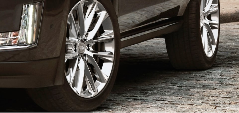 escalade-exterior-features-wheels-m-s