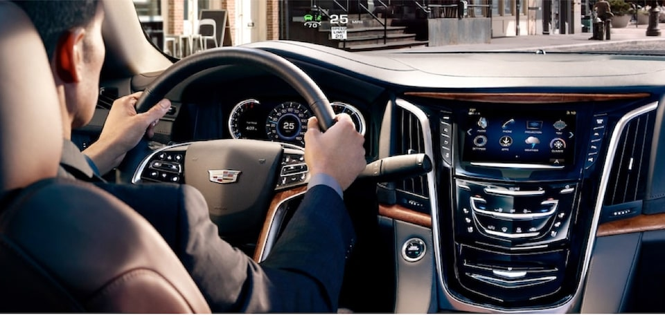 escalade-interior-features-comfort-m-s