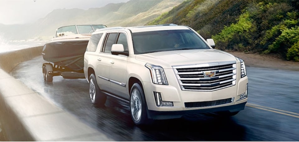 escalade-performance-features-trailering-m-s