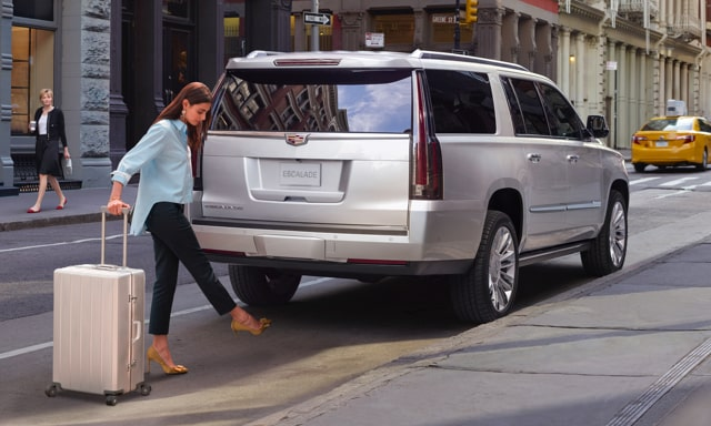 escalade lift gate