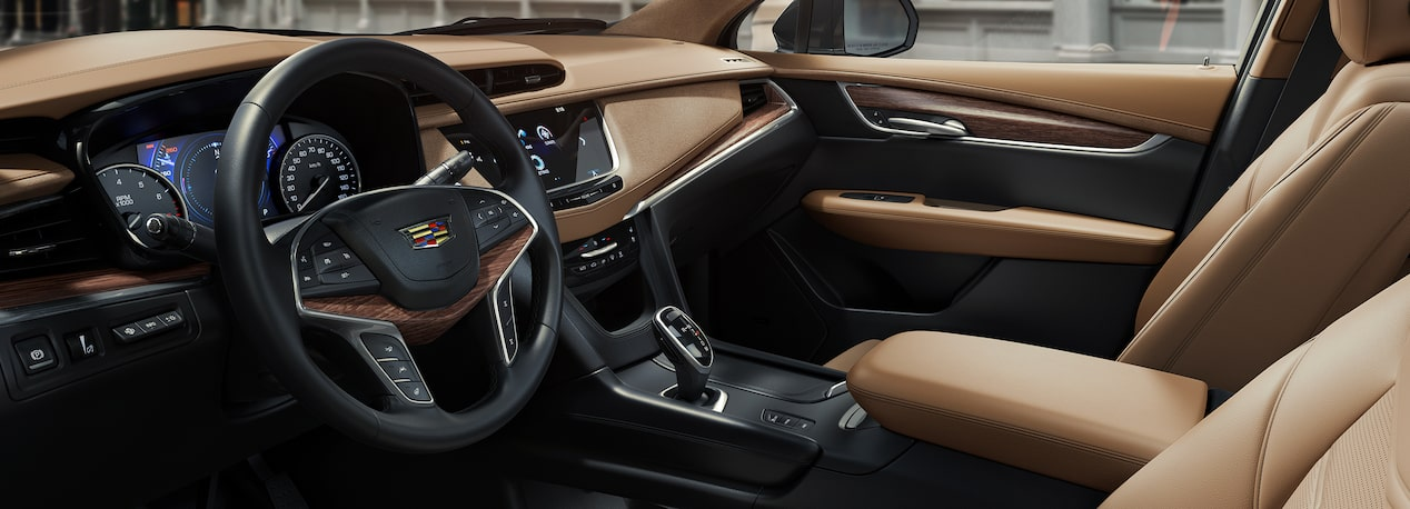 refined crossover 2019 cadillac XT5