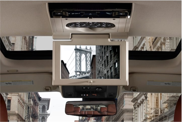 escalade-interior-features-entertainment-l