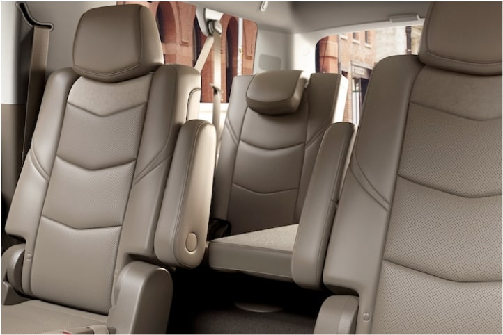 escalade-interior-features-premium-space-l