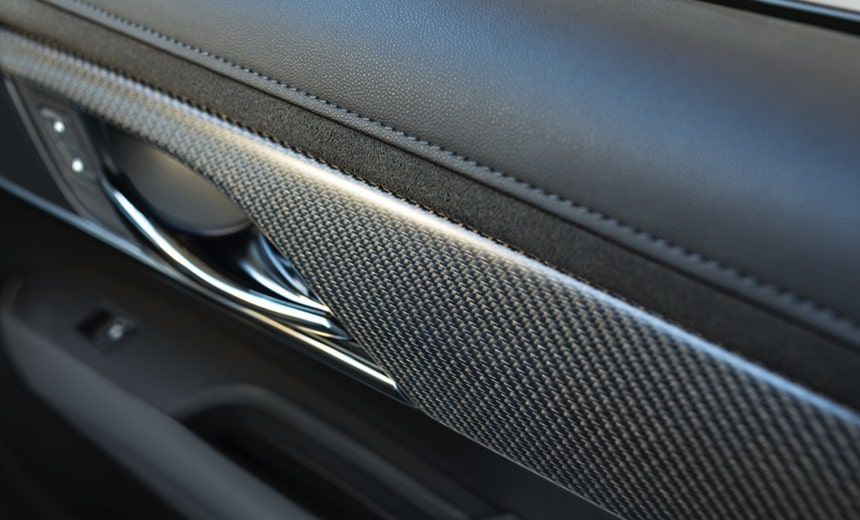V carbon fiber interior trim